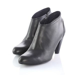 Cole Haan Black Leather Ankle Boots Chunky Heel
